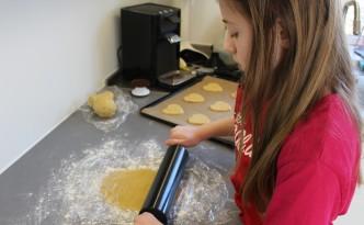 Udrulning af småkagedej